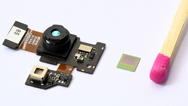 infieon-real3-ar-camera-chip